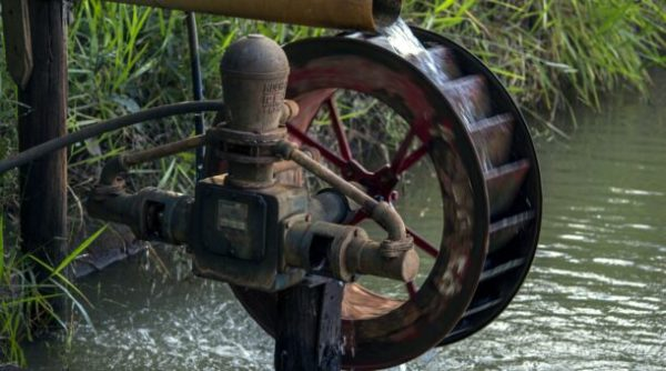 Glasgow Science Centre – Make your own water wheel
